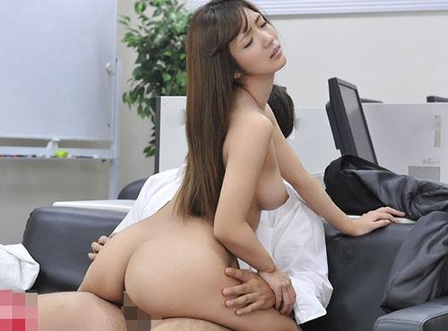 女上司が部下の連続射精を許してしまうムシゅうせい 高画質 女優動画